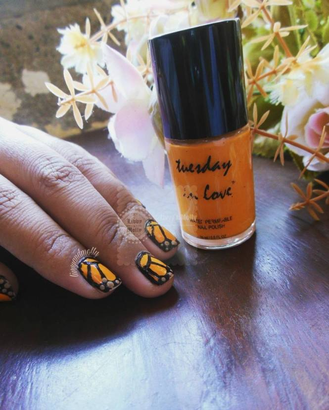 livvy_and_molly_tuesday_in_love_butterfly_nail_art_3